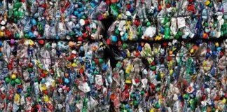 O nivel de refugallo producido polos plásticos dun só uso xera importantes problemas medioambientais.