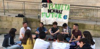 """Mobilización dos """"Venres polo clima"""" en Vigo. Fonte: Xuventude polo clima Vigo."""