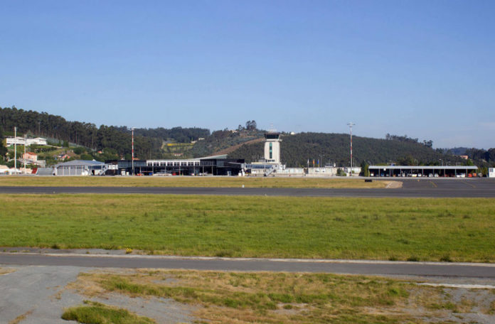 Aeroporto de Alvedro. Foto: Bene Riobó / CC BY-SA 4.0.