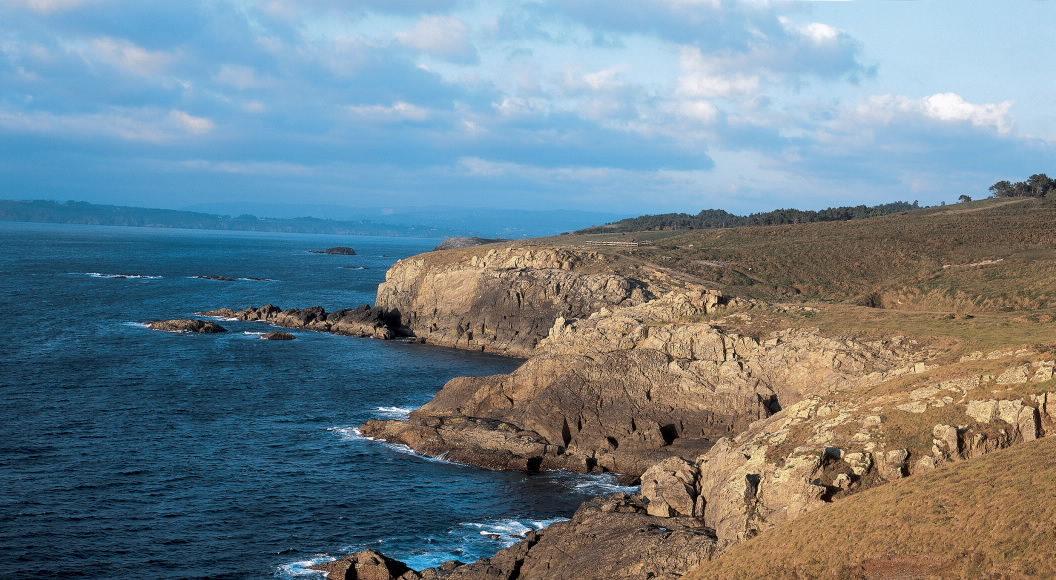 Os cantís da costa de Dexo. Fonte: Turismo.gal
