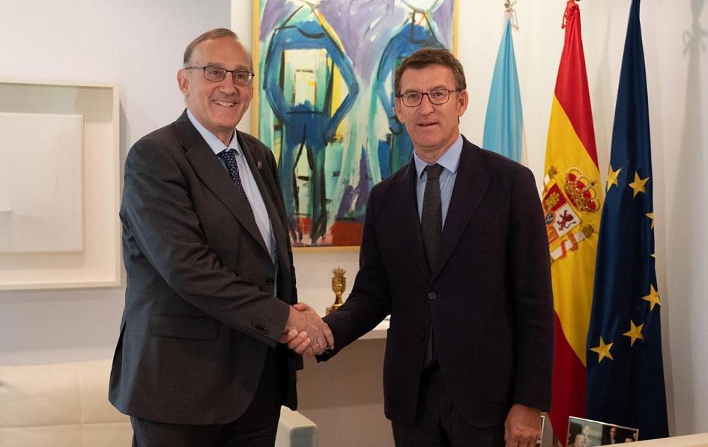Manuel Reigosa e Alberto Núñez Feijóo, na reunión na que acordaron presentar a candidatura do laboratorio cuántico. Foto: Duvi.