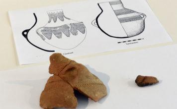 Detalle do vaso atopado en Cova Eirós. Imaxe: Santi Alvite / USC.