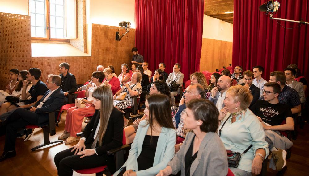 Público asistente á entrega do VI Premio Contar a Ciencia-la Caixa. Foto: Óscar Corral.