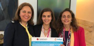 De esquerda a dereita, María Mercedes Suárez Cunqueiro, Fátima Lousada Fernández e a tamén profesosa da USC e vocal de SEMO Pilar Gándara Vila. Foto: USC.