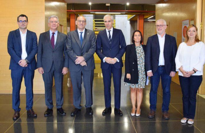 Representantes de Boeing, a Xunta e a Universidade. Foto: Duvi.