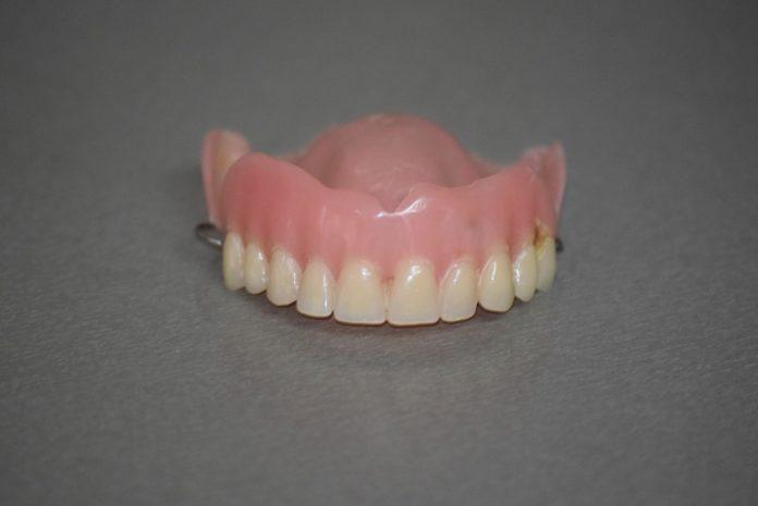 Os doantes poderán entregar os seus dentes durante a feira Culturgal, en Pontevedra.