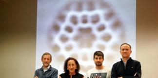 O equipo do CiQUS responsable da síntese do kekuleno. De esquerda a dereita Enrique Guitián, Dolores Pérez, Iago Pozo e Diego Peña. / Foto: Andrés Ruiz