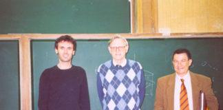 Goodenough, xunto a Jorge Mira e José Rivas en Santiago, arredor do ano 2002. Fonte: Twitter/jorgemirausc.