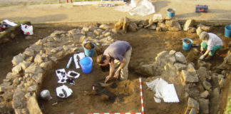 Escavacións no castro de Nabás, en Nigrán. Foto cedida por María Martín Seijo.