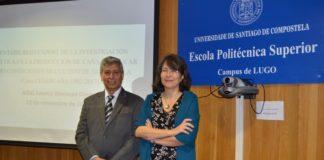 Adlai Ademir Meneses Ojeda e María do Mar Pérez Fra, na Escola Politécnica Superior de Enxeñaría de Lugo. Foto: USC.