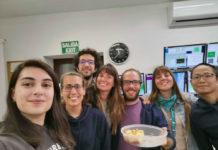 Elia do Souto, primeira pola esquerda, xunto a un grupo de compañeiros no Observatorio d Roque de los Muchachos, en La Palma.