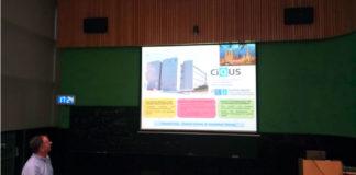 Diego Peña presenta a participación do CiQUS no proxecto SPRING. Foto: Emilia Moreira.