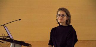 Helena Peñas, durante a presentación da súa tese. Foto: CRETUS.