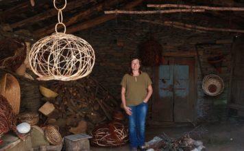 O documental une as pezas de madeira da Idade de Ferro con artesáns de hoxe. Imaxe: Illa Bufarda.