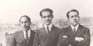 Navaz, xunto a Lorca e Antono García Solalinde en 1923. Todas as imaxes son cortesía da familia de José María Navaz.