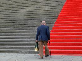 A osteoporose ten unha elevada incidencia nas persoas maiores de 65 anos.