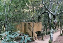 As cabanas de Enoturismo María Manuela en Boqueixón