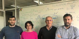 De esquerda a dereita: Manuel Pájaro, Irene Otero, Carlos Vázquez e Antonio Alonso, autores do traballo sobre os procesos de decisión celular. Foto: ITMATI.