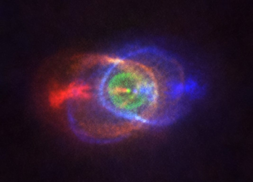 Nube de gas rodeando o sistema binario HD10158. Foto: ALMA (ESO/NAOJ/NRAO), Olofsson et al. Recoñecemento a Robert Cumming.