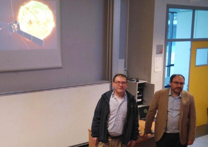 Antonio Ferriz e Fermín Navarro explicaron a súa achega ao Solar Orbiter. Foto: Duvi.