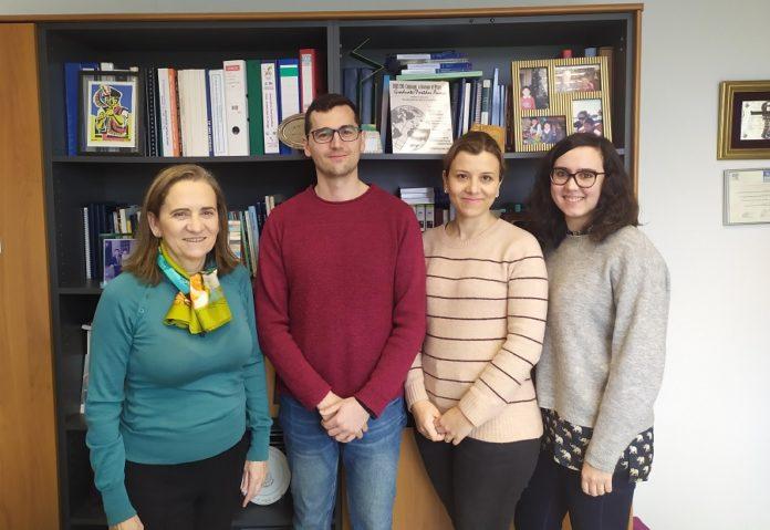 María José Alonso, José Crecente, Desirée Teijeiro e Tamara Dacoba, investigadores do CiMUS que acaban de publicar o artigo sobre a vacina candidata contra o VIH.