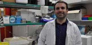 Jonatan Rodríguez, autor da tese sobre o impacto das acacias nas poboacións de invertebrados. Foto: Duvi.