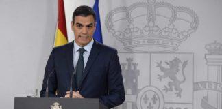 O presidente Pedro Sánchez declarou o estado de alarma en rolda de prensa.