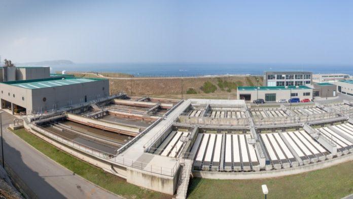 Panorámica da estación depuradora de augas residuais de Bens, na Coruña. Foto: edarbens.es.