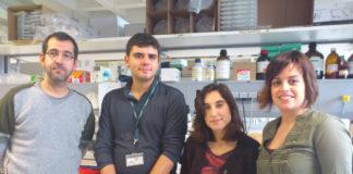 Marcos García Fuentes, segundo pola esquerda, con tres membros do seu equipo. Foto: CiMUS.