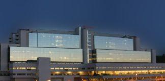 Dous dos proxectos financiados están impulsado polo Instituto de Investigación Sanitaria de Santiago, con base no hospital compostelán. Foto: Sergas.