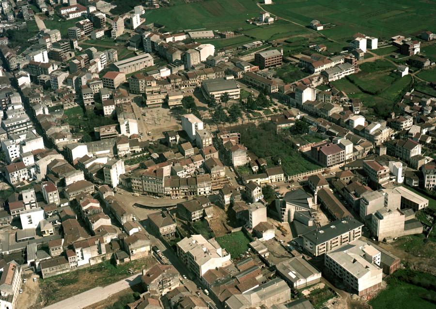 Casco urbano de Carballo.
