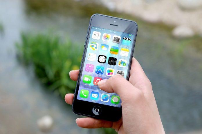 O polgar é o dedo máis utilizado ao manexar os teléfonos móbiles.