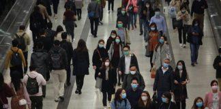 As particularidades da transmisión do SARS-CoV-2 foron clave na magnitude da pandemia.