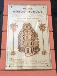 Placa do hotel Ambos Mundos.