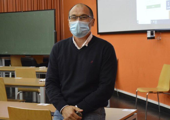 Manuel Isorna, profesor da Facultade de Educación e Traballo Social do Campus de Ourense, é un dos autores da investigación. Foto: Duvi.
