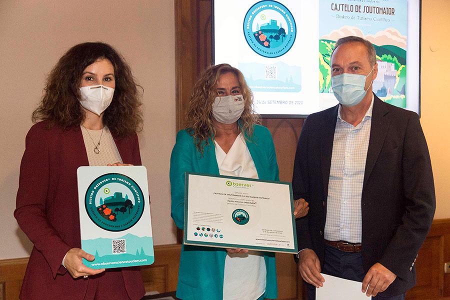 Maite Vence, Carmela Silva e Agustín Reguera. Foto: Deputación de Pontevedra.