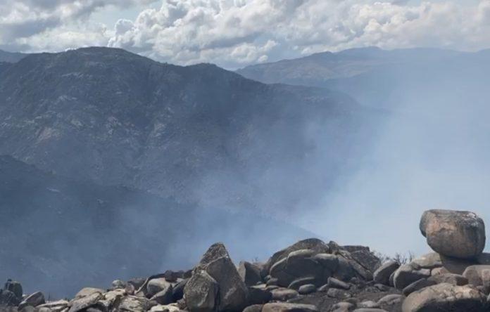 Montes da Serra do Xurés arrasados polos incendios de setembro de 2020. Fotografía: Xosé Santos.