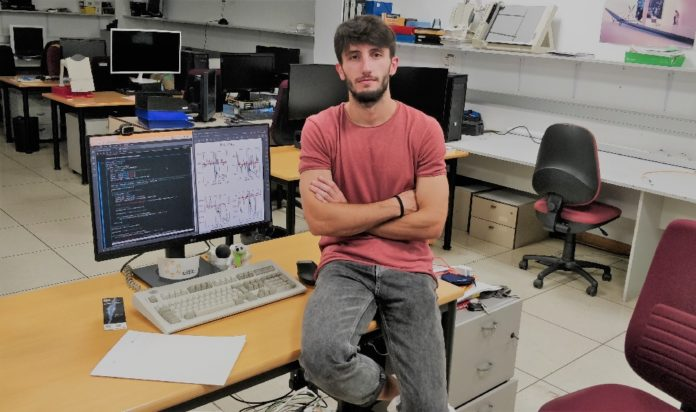 Raúl Santoveña, na Facultade de Informática da Coruña.