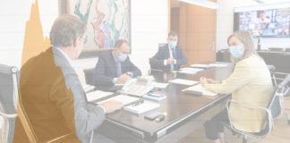 Reunión do comité clínico, na que tamén participaron, ademais do presidente da Xunta, os conselleiros de Sanidade, Política Social e Educación, Cultura e Universidade. Foto: Xunta de Galicia.