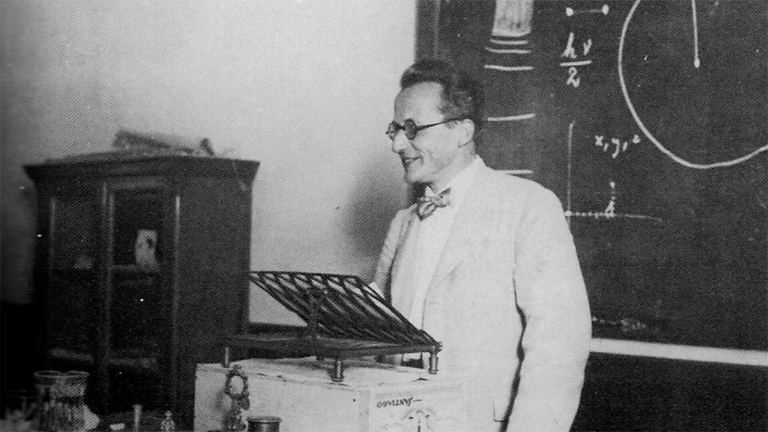 Imaxe da conferencia de Schrödinger. Fonte: El Pueblo Gallego.