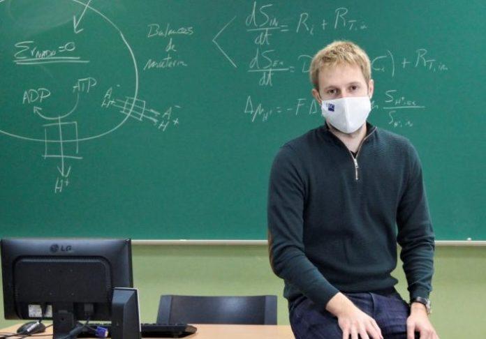 Alberte Regueira, autor da tese, centrouse na modelaxe matemática para a creación de sistemas de produción alternativos. Foto: USC.