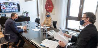 Reunión do comité clínico celebrado este luns, coa presenza do presidente da Xunta e os conselleiros de Sanidade e Política Social. Foto: Xunta de Galicia.