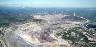 Vista aérea da antiga mina de carbón, agora ocupada por un lago de grandes dimensións. Imaxe: Endesa.