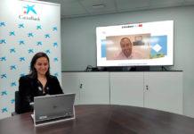 A directora comercial de Retail de CaixaBank en Galicia, Marta Albela, no acto de entrega do galardón a Data Monitoring, que se celebrou de forma telemática.. Foto: Caixabank.