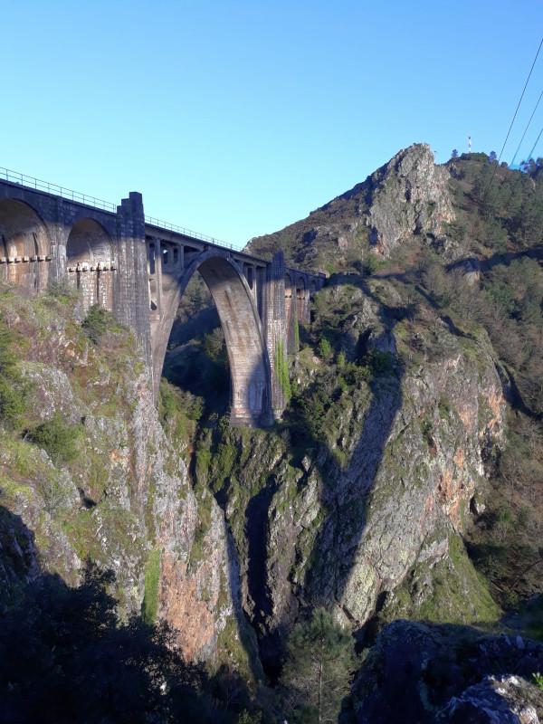 Vista desde o miradoiro de Gundián. Foto: R. Pan.