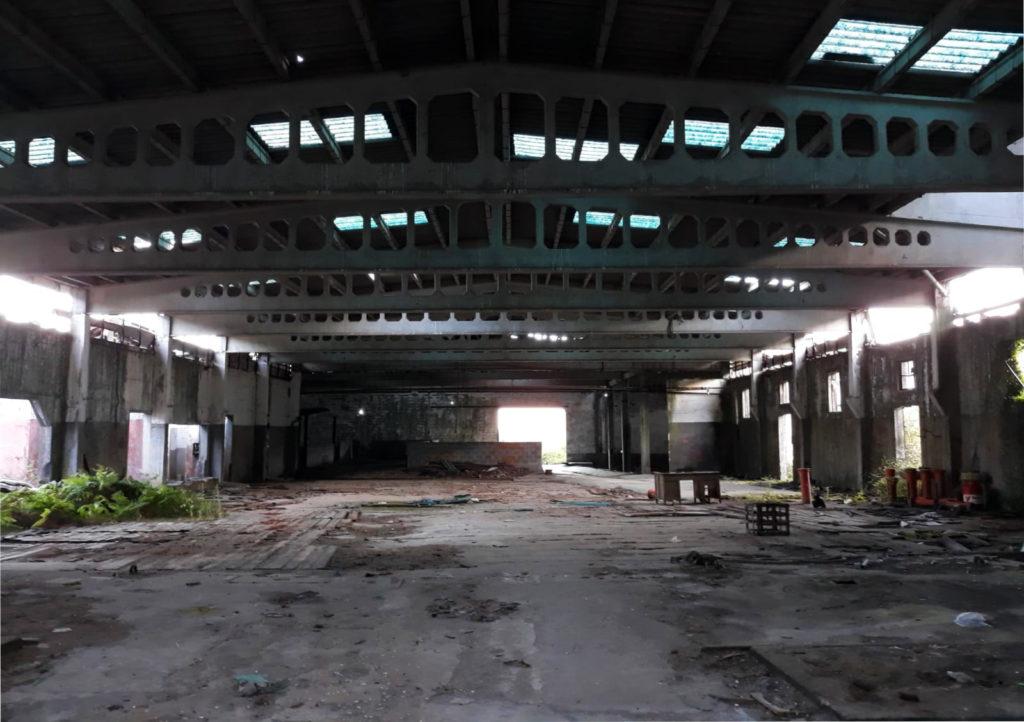 Imaxe recente do interior da factoría de Caneliñas. Foto: R. Pan.