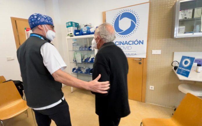 Os primeiros datos das análises do Sergas constatan unha protección fronte aos casos graves de Covid-19 na gran maioría dos casos. Foto: Gabinete de Comunicación da Área Sanitaria de Ourense.
