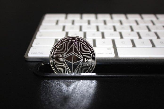 Despois de Bitcoin, Ethereum é criptomoeda máis relevante do mundo blockchain. Foto: Pixabay.