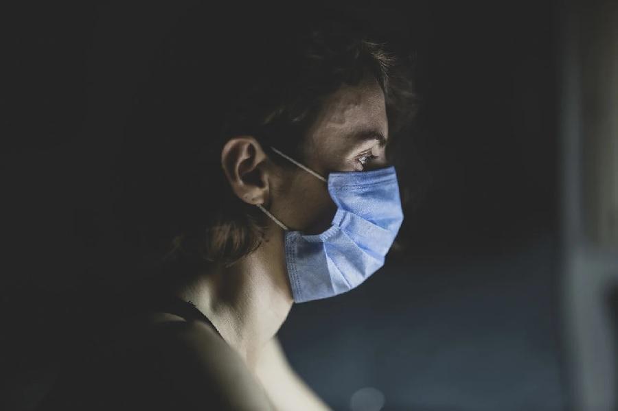 A saúde mental das mulleres, máis afectada pola pandemia