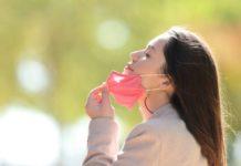 O avance da vacinación e o descenso na transmisión do SARS-CoV-2 levarán relaxar a normativa sobre o uso de máscara. Foto: iStock.